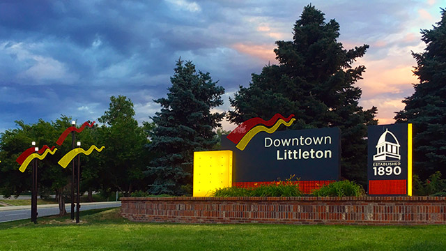 Gateway signed to downtown Littleton