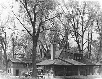 Ashbaugh home on present-day site of Woodlawn Shopping Center. 1920s or 30s